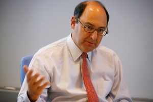 Photo of Lawrence Schloss, Chairman and CEO of commodity trading advisor Diamond Capital Management,