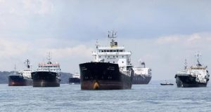 Oil tankers, ships